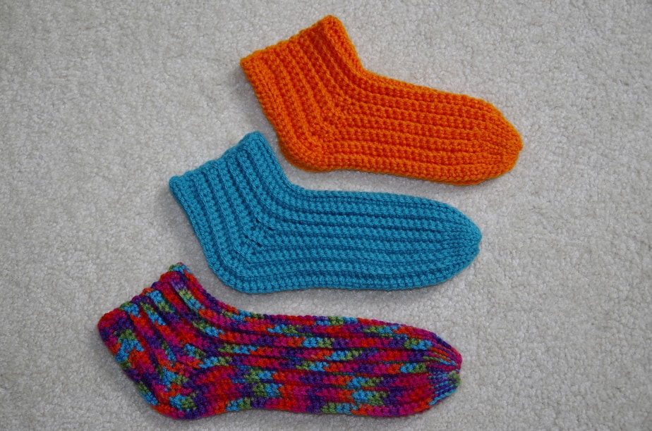 Slipper Socks Knitting Pattern Easy : New Crochet Pattern Release   Super Easy Slipper Socks   Yay for Yarn