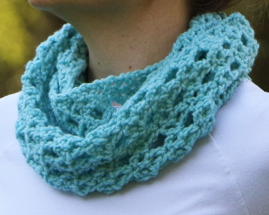 Diamond Lace Infinity Scarf – Crochet Pattern – Yay for Yarn
