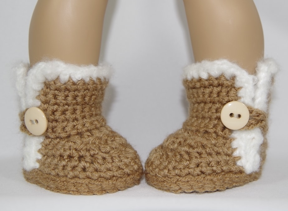 Knit And Crochet Patterns For 18 Inch Dolls : Furry Button Boots   Crochet Pattern to fit 18 inch American Girl Dolls   Yay...