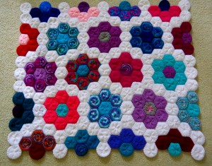 How to Make a Knitted Hexagon Flower Quilt