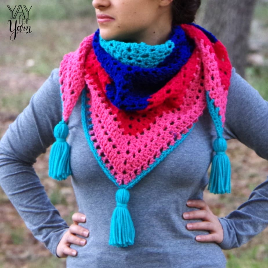 Crochet Triangle Shawl - Free Pattern and Video Tutorial