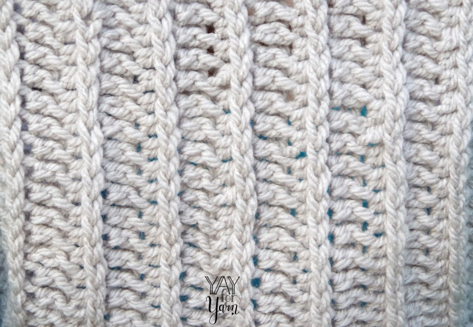 This simple variation on the half-double crochet creates a fabric that looks like knitted ribbing! + FREE Video Tutorial