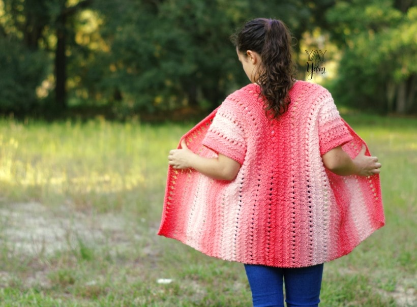 Easy plus size knitted kimono cardigan made from a rectangle for beginners