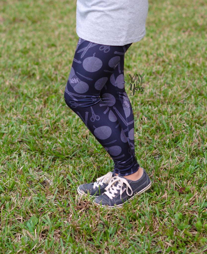black yarn print leggings - yarn clothing activewear