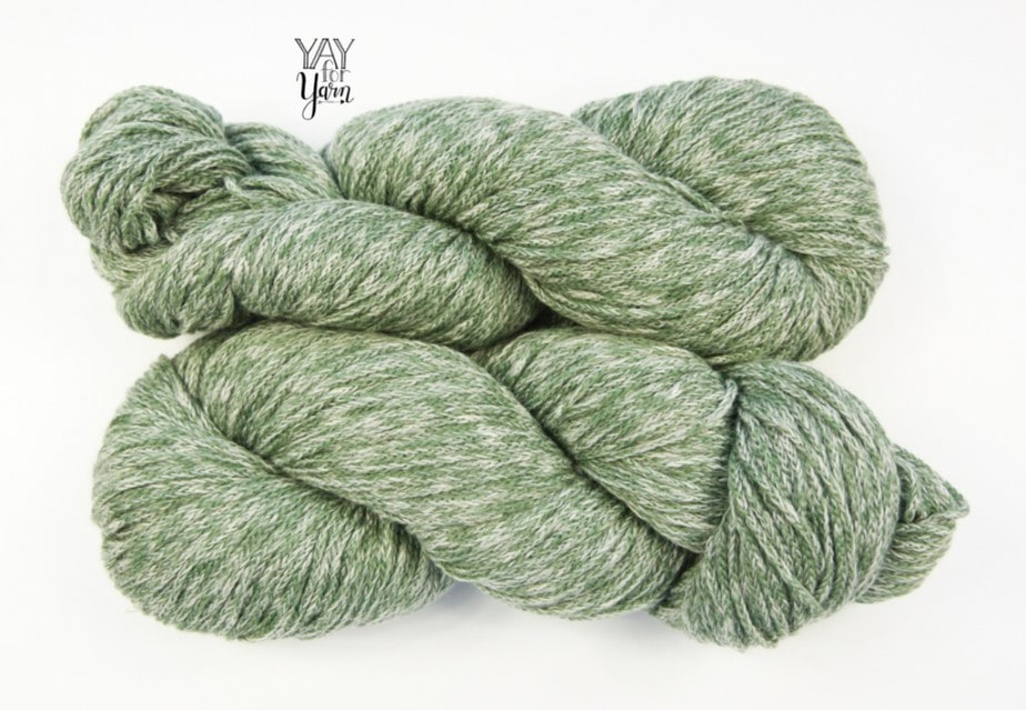 marled forest green chainette yarn