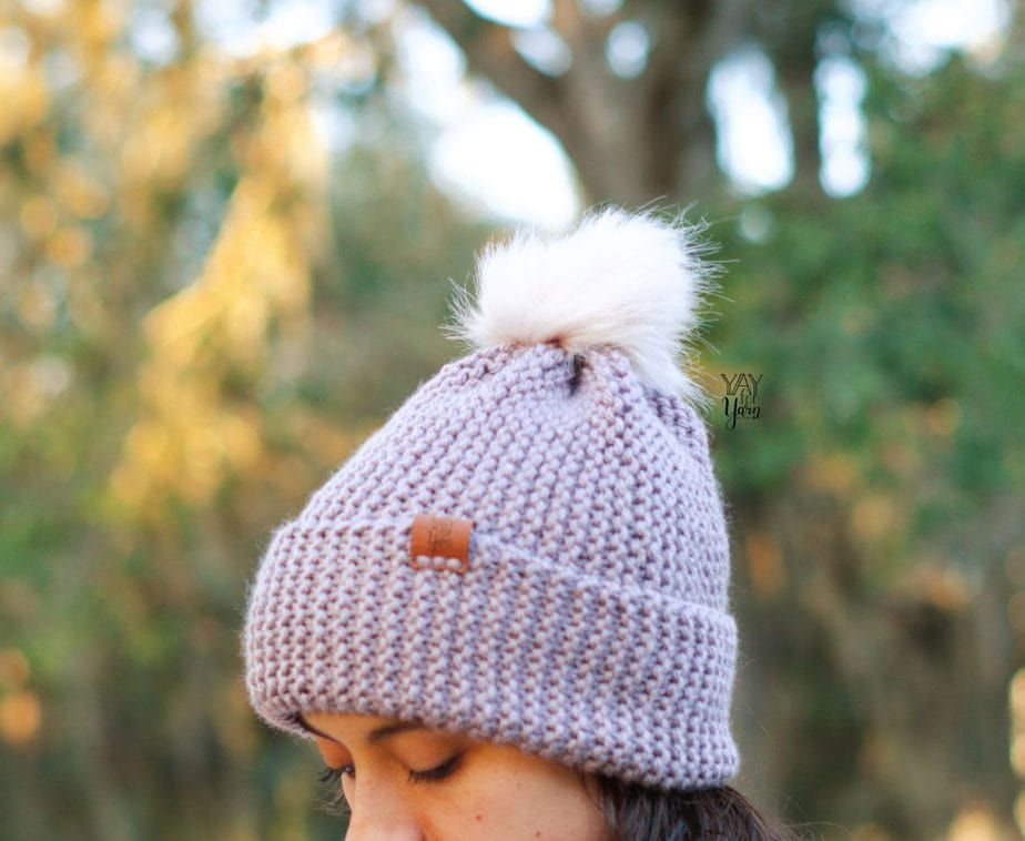 chunky knit hat knitting pattern for beginners with pom pom