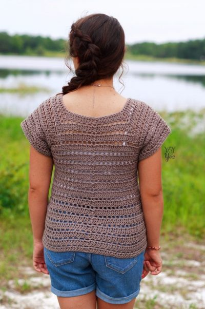 back view of crochet summer tee made from driftwood tee free crochet pattern
