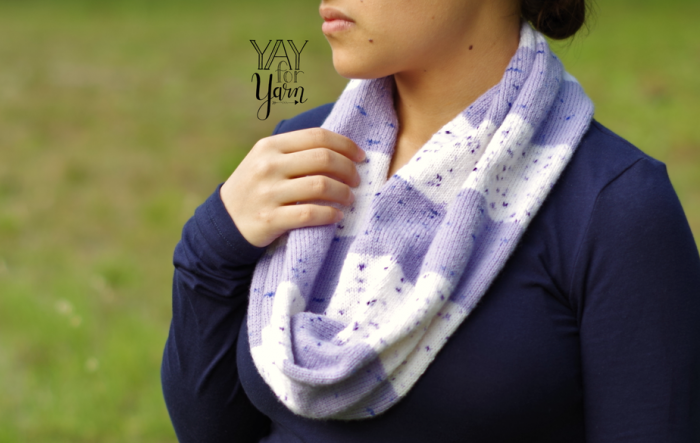 lavender and white infinity scarf knitting pattern with wide stripes