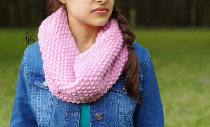 easy seed stitch cowl knitting pattern for beginners