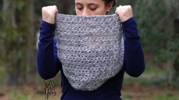 This is a TRUE crochet infinity scarf - the ends are SEAMLESSLY GRAFTED together!