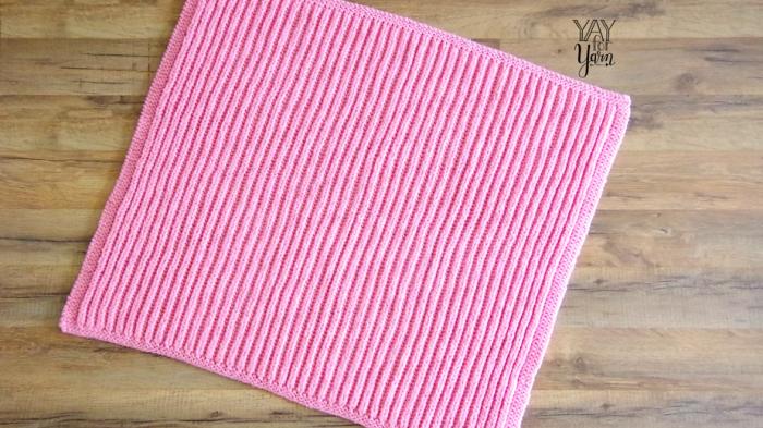 Easy Brioche Baby Blanket in SHORTCUT Brioche Stitch - Free Knitting Pattern by Yay For Yarn